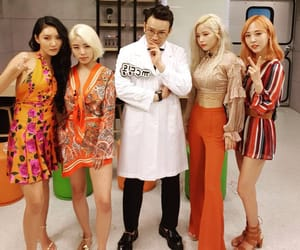 solar, mamamoo, and whee in image