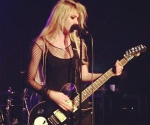concert, Taylor Momsen, and the pretty reckless image