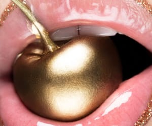 aesthetic, gold, and lips image