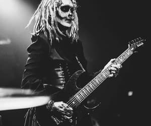 bassist, dreadlock, and motionless in white image