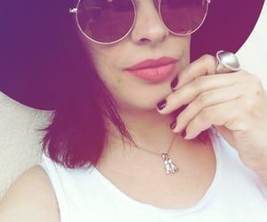 chapeu, hat, and sunglasses image