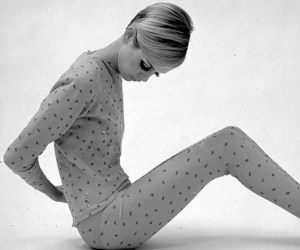 black and white, twiggy, and vintage image