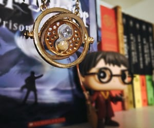 books, gryffindor, and harry potter image