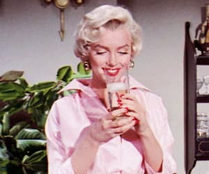beauty, gif, and Marilyn Monroe image