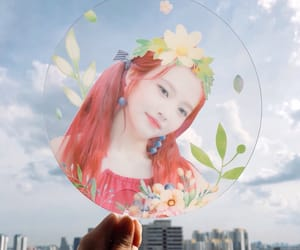 aesthetic, fan, and reveluv image