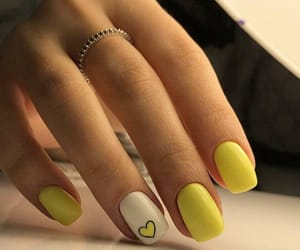 heart shape and nail art image