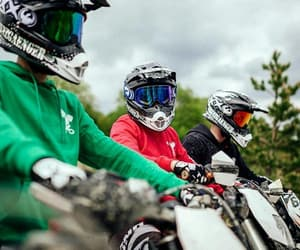 life, enduro, and querly image