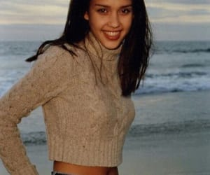girl and jessica alba image
