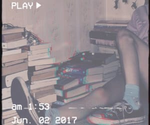 aesthetic, teenagers, and books image