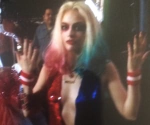 harley quinn and margot robbie image