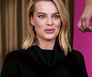 actress, gif, and margot robbie image