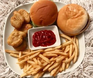 cheeseburger, Chicken, and food image