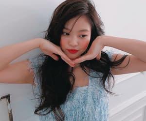 idol, kim jennie, and korean girl image