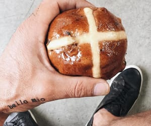 easter, food, and hot cross bun image