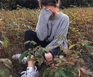 girl, autumn, and fashion image