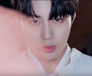 kpop, sungwoon, and hotshot image