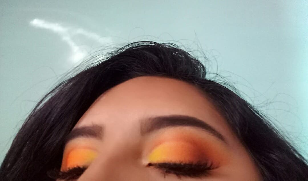 amarillo, makeup, and maquillaje image