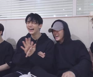 hyunjin, stray kids, and changbin image
