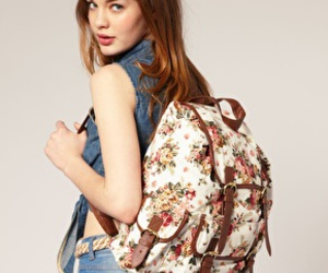 backpack and canvas backpack image