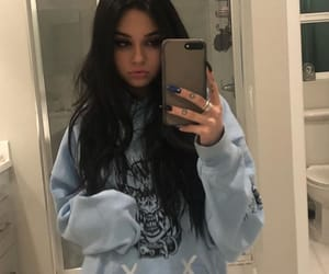 maggie lindemann and style image