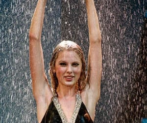 Taylor Swift, rain, and taylor image