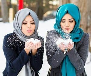 ميك اب, حجاب, and ابيضً image