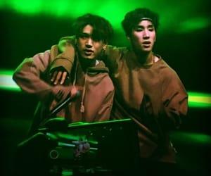 concert, kisu, and jinhong image