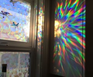 holographic and rainbow image