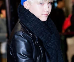 blonde hair, bts, and yoongi image