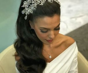 bride and hair style image