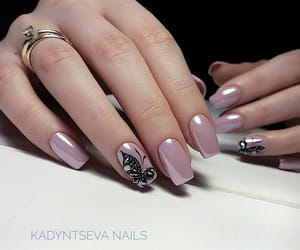 nails, art, and butterfly image