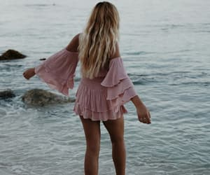 blonde, free, and ocean image
