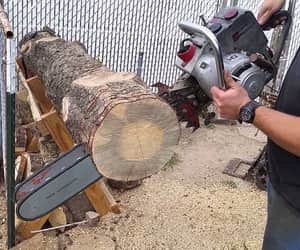 best gas chainsaw and gas mixture for chainsaw image