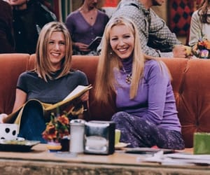 Jennifer Aniston, Lisa Kudrow, and phoebe buffay image