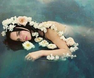 lana del rey, alternative, and flowers image