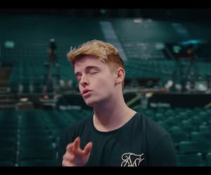 roadtriptv, i know you, and andy fowler image