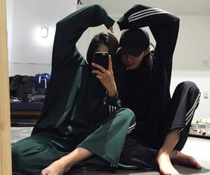 korean, ulzzang, and friends image