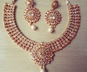 loveit, wantit, and necklacegold image