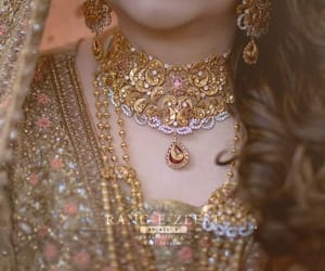 gold, necklace, and indian bride image