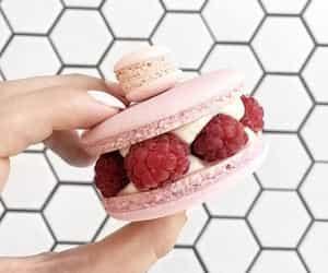 food, FRUiTS, and raspberries image