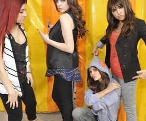 victorious, girl, and victoria justice image