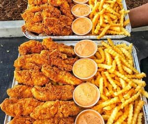 food, Chicken, and fast food image
