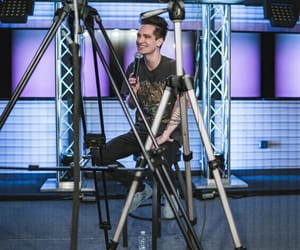 brendon urie, music, and P!ATD image