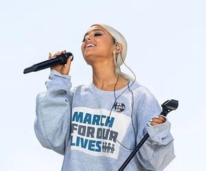 ariana grande and march for our lives image