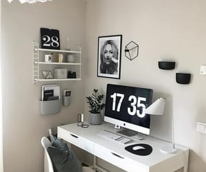 black, Blanc, and Bureau image