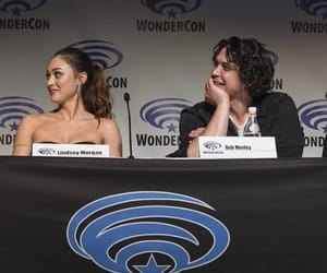 wondercon, bob morley, and lindsey morgan image