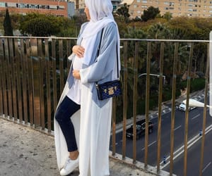 arabic, baby bump, and fashion image