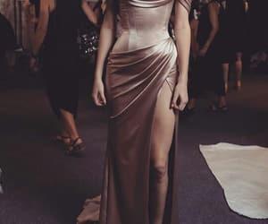 body, model, and kardashian image