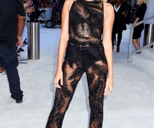 red carpet, style, and fashion image