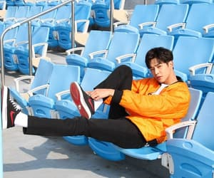 k-pop, sf9, and rowoon image